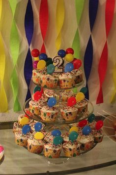 Balloon themed cupcakes