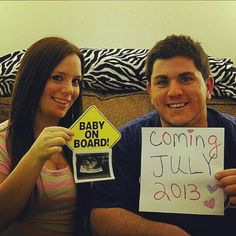 Pregnancy announcement... Could be done way cuter!