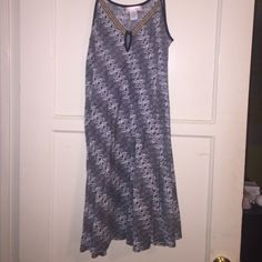 Band of Gypsies black white print dress, medium Band of Gypsies (Urban Outfitters) black and white print swing dress with yellow embroidered trim around top, adjustable spaghetti straps and small keyhole in front, worn once, perfect condition, size medium Band of Gypsies Dresses Midi