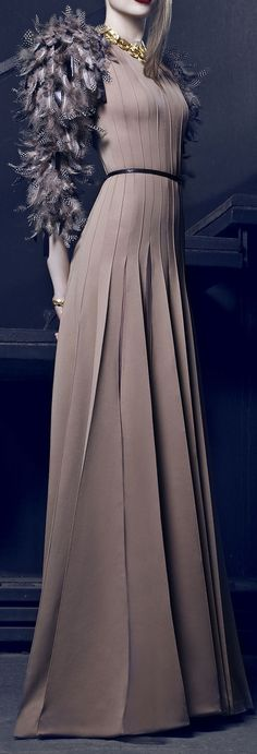 Nicolas Jebran Couture Fall/Winter 2014-2015 Look at the pleating! Ridiculous.
