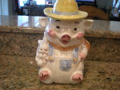 Vintage Treasure Craft USA Farmer Pig Cookie Biscuit jar