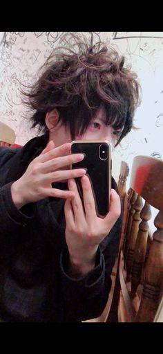 さとみ(ゲーム実況)の顔や年齢は本名は?経歴や彼女は?世間の声 ... Vocaloid, Cool Art, Dreadlocks, Hair Styles, Face, Beautiful, Beauty, Twitter, Asian Boys
