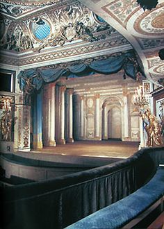 Theater in Petit Trianon, once the setting for Marie Antoinette's theatricals. The Petit Trianon is a small château located on the grounds of the Palace of Versailles in Versailles, France. Marie Antoinette, Louis Xvi, Vaux Le Vicomte, Ville France, Palace Of Versailles, French Revolution, Concert Hall, Beautiful Architecture, Kirchen