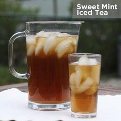 Refreshing Sweet Mint Iced Tea