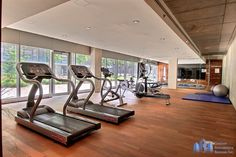 www.deparquet.es Gym Equipment, Hardwood Floors, Lounges, Workout Equipment, Exercise Equipment, Fitness Equipment