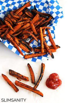 Baked carrot fries are so good, they'll make anybody love vegetables!   slimsanity.com