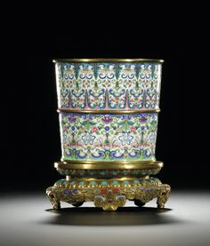 Chinese CANTON ENAMEL FLOWERPOT MARK AND PERIOD OF QIANLONG, C18th