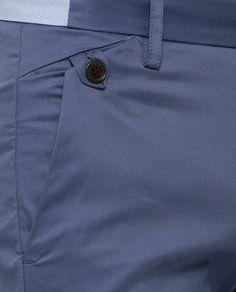 Détail de poche intéressant sur pantalon d'homme Rare Rabbit | DARO BLUE
