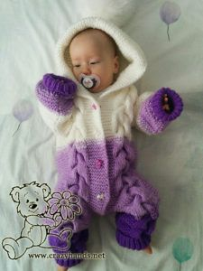 Bear Baby Knit Romper Pattern · Crazy Hands Knitting Bear Baby Knit Romper Pattern · Crazy Hands Knitting Always wanted to discover how to knit, nonetheless unsure the place. Baby Romper Pattern Free, Onesie Pattern, Baby Cardigan Knitting Pattern Free, Cable Knitting Patterns, Free Pattern, Knitted Baby Outfits, Knit Baby Sweaters, Knitted Baby Clothes, Knitted Romper