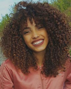 beauty, brazil, and natural hair image Pelo Natural, Natural Curls, Natural Hair Bangs, Curly Hair Styles, Natural Hair Styles, Big Chop, Natural Hair Inspiration, Hair Care Tips, Afro Hairstyles