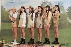 Photo album containing 60 pictures of (G)I-DLE Kpop Girl Groups, Korean Girl Groups, Kpop Girls, First Girl, My Girl, Cube Entertainment, Soyeon, Pop Group, South Korean Girls