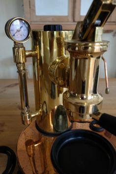 Vintage-ELEKTRA-Micro-Casa-Manual-Lever-Espresso-Machine-_57.jpg (1066×1600)