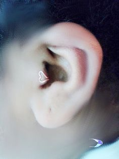 Sale Tragus clip//Cartilage Ear cuff Open Heart - Dainty Tragus jewelry/Pierced-No pierced/Gift for Her