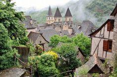 Conques en Aveyron al sur de Francia