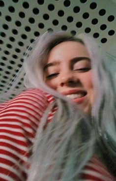 Image discovered by Find images and videos about billie eilish, billie and billieeilish on We Heart It - the app to get lost in what you love. Six Feet Under, Funny Videos, Aesthetic Header, Aesthetic Videos, Cover Wattpad, Elvis Presley, Videos Instagram, Album Cover, Peinados Pin Up