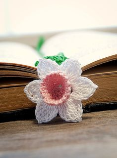 Crochet Daffodil Flower Bookmark Pink Center by joyoustreasures, $15.00
