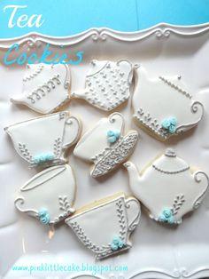 Pink Little Cake: Tea Pot Cookies-Using Luster Dust and Fondant Mini Roses Recipe