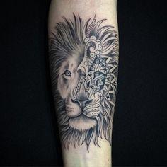 #mulpix Para finalizar o dia!!! #lion #ink #tattoo #tatuagem #tattoogirl #tatuagemfeminina #leão #tattooleão #tattoo2me #petersentattoo #rodolphotattoo