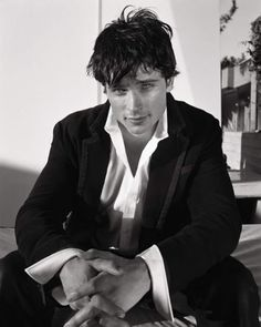 Tom Welling Photo: This Photo was uploaded by Klitzeklein. Find other Tom Welling pictures and photos or upload your own with Photobucket free image and. Tom Welling Smallville, King Tom, Superman Movies, Bae, Cw Series, Clark Kent, Gorgeous Men, Cute Guys, Pretty People