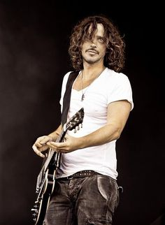 Chris Cornell : Music has suffered a great loss - I grew up listening to Soundgarden & Audioslave His voice will always be a comfort. ♥♥♥ He will live on -forever in our hearts Chris Cornell, Music Love, Rock Music, Most Beautiful Man, Beautiful People, Amazing Man, Say Hello To Heaven, Before I Forget, Alternative Rock