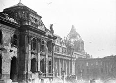 Eve of Destruction: the Siege of Budapest began 70 years ago Buda Castle, Days Before Christmas, The Siege, Red Army, Most Beautiful Cities, Budapest Hungary, Destruction, World War Ii, The Past