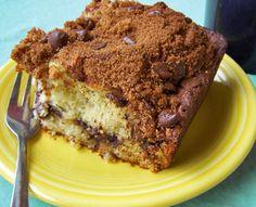 bolo de banana com farofa de chocolate e canela