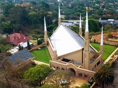 Click to enlarge this image of the Johannesburg South Africa Mormon Temple