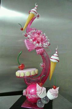 Sugar artistry by Emmanuele Forcone.