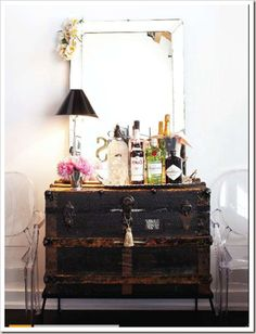 not set up a holiday bar cart? set up a holiday bar cart on an old trunkAN An, AN, aN, or an may refer to: Vintage Chest, Vintage Trunks, Vintage Bar, Vintage Luggage, Antique Trunks, Antique Bar, Vintage Suitcases, Antique Chest, Antique Sideboard