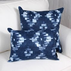 The OMEGA cushion has a nice summer feel. Its shades of blue gives it a mediterranean touch.It is a perfect match with the ALPHA cushion. Summer Feeling, Perfect Match, Shades Of Blue, Omega, Throw Pillows, How To Make, Toss Pillows, Decorative Pillows, Decor Pillows
