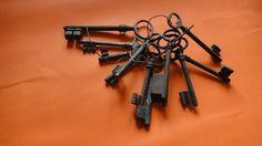 Lot clés anciennes