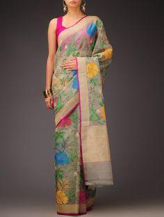 Ivory Daffodil Motifs Banarasi Kora Silk Saree by Ekaya Traditional Fashion, Traditional Outfits, Indian Attire, Indian Wear, Ethnic Fashion, Asian Fashion, Indian Dresses, Indian Outfits, Beautiful Saree