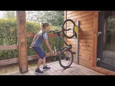 PARKIS – space saving bicycle lift by Giedre