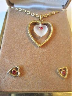 Heart Jewelry Set Ne - January 26 2019 at Costume Jewelry Sets, Vintage Costume Jewelry, Vintage Costumes, Vintage Jewelry, Costume Rings, Jewelry Case, Heart Jewelry, Fashion Necklace, Fashion Jewelry