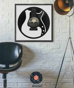 Bass Guitar - Sculpture and decorative object on vinyl record