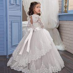 4af77be8c6  79.00 Amazon.com  Sittingley Vintage Princess Floral Lace 2017 Long  Sleeves Flower Girls Dresses