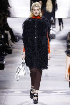 Mulberry | Fall 2016 Ready-to-Wear Collection | Vogue Runway