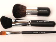 BEST face brushes and I'm a brush snob! My fave is the blush brush All Younique makeup brushes have an inner high-quality copper ferrule which means it won't rust when you use them wet or dry, are made to last a lifetime, and are cruelty-free. 3d Fiber Mascara, Fiber Lashes, 3d Mascara, Eye Brushes, Makeup Brushes, Makeup Tools, Makeup Products, Face Brush Set, Brush Sets
