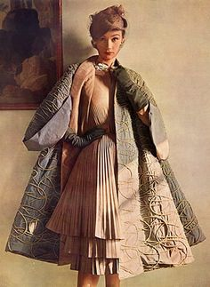 Jacques Fath couture, 1951 - Isn't this architecturally impressive, and a stunning fashion choice?