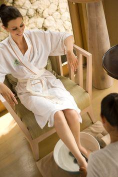 Foot Massage at the Tea Tree Spa's single room treatment2