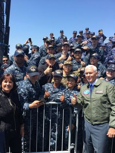 PsBattle: Mike Pence and US sailors giving thumbs-up in South Korea I Love Donald Trump, Karen Pence, Us Sailors, Trump Picture, Vice President Pence, Donald And Melania, Great Novels, Greatest Presidents, Trump Train