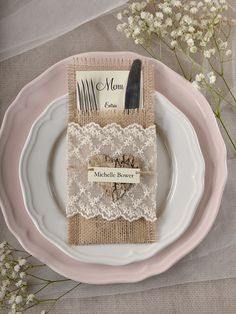 Rustic country burlap and lace wedding menu @4LOVEPolkaDots
