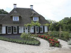 Rieten dak/dakkapel/landelijk
