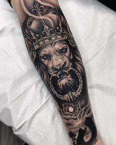 Tattoo ideas and designs for men - millions grace tattoos tatuajes para hom Tattoos For Guys Badass, Dope Tattoos, Forearm Tattoos, Body Art Tattoos, Tattoos For Women, Best Tattoos For Men, Maori Tattoos, Lion Leg Tattoo, Lion Tattoo Sleeves