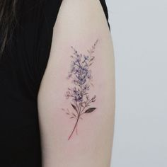 Under the category of the most beautiful mini tattoos, we will now examine the most beautiful mini flower tattoos. Mini Tattoos, Cute Tattoos, Beautiful Tattoos, Body Art Tattoos, Small Tattoos, Tatoos, Delicate Flower Tattoo, Flower Tattoo Arm, Flower Tattoo Designs