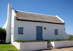 fisherman cottage - Google Search Roof Styles, House Styles, Cape Dutch, African House, Dutch House, White Cottage, Small Living, Cottages, South Africa