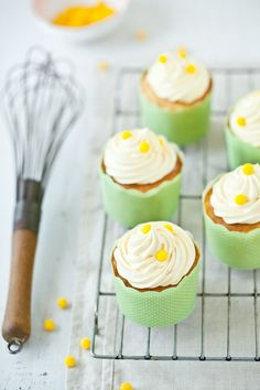 Lemon Vanilla Cupcakes. #cupcakes