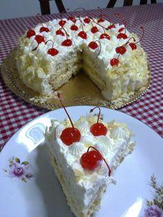 Τούρτα Αμυγδάλου Greek Sweets, Greek Desserts, Party Desserts, Just Desserts, Greek Recipes, Sweets Recipes, Cake Recipes, Sweets Cake, Almond Cakes