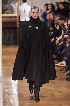 Paul Boche // Icosphere FW14 | The cape.