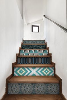 Maybe a bold pattern on your walls is a little to risky for you. So, think outside of the box! Install patterned wallpaper on your stair risers for a bold look, without a scary commitment.